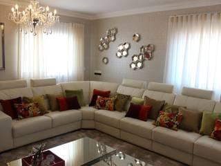 Andreia Louraço - Designer de Interiores (Email: andreialouraco@gmail.com) Salas de estilo moderno Derivados de madera Beige