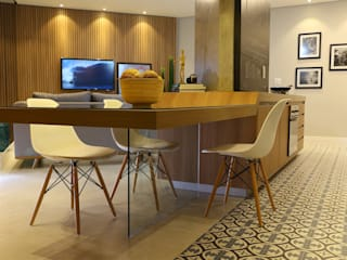 Salas de jantar  por Sonne Müller Arquitetos