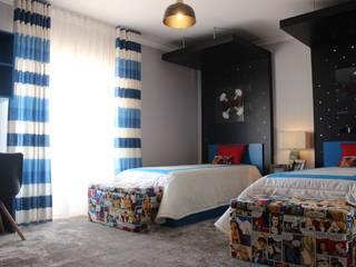 Andreia Louraço - Designer de Interiores (Email: andreialouraco@gmail.com) Cuartos infantiles de estilo moderno Derivados de madera Rojo