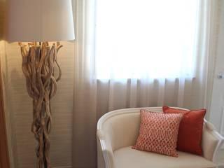 Andreia Louraço - Designer de Interiores (Email: andreialouraco@gmail.com) Pasillos, vestíbulos y escaleras de estilo moderno Madera Beige
