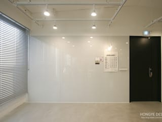 Study/office by 홍예디자인, Modern