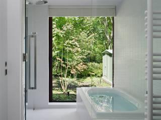 根據 atelier137 ARCHITECTURAL DESIGN OFFICE 現代風 磁磚
