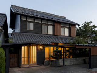 Maisons asiatiques par 株式会社 鳴尾工務店 Asiatique