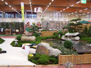 Asian style exhibition centres by Kokeniwa Japanische Gartengestaltung Asian