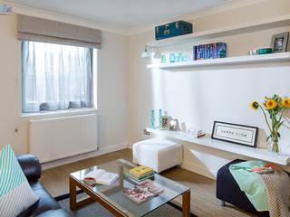 Living area Livings de estilo moderno de Katie Malik Interiors Moderno