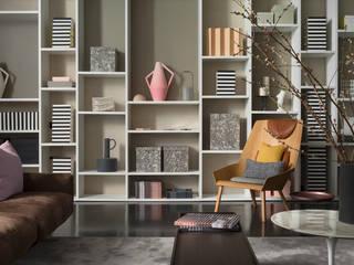 Living room Minimalistische woonkamers van homify Minimalistisch