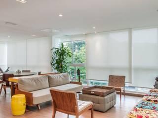 RESIDENCIA FAMILIAR SÃO CONRADO RJ AR Arquitetura & Interiores Ruang Keluarga Modern