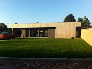 MAISON INDIVIDUELLE OSSATURE BOIS: Maisons de style  par K-LADE ARCHITECTURES