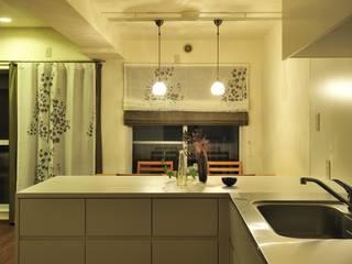 Moderne Küchen von 株式会社トキメキデザイン・アトリエ Modern