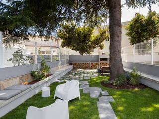 Reabilitação de edifício do séc. XIX: Hotéis  por Ana Coelho Arq., Lda.,Moderno