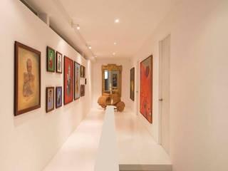 ระเบียงและโถงทางเดิน โดย Giovanni Moreno Arquitectos,