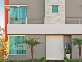 Modern home by Patrícia Azoni Arquitetura + Arte & Design Modern