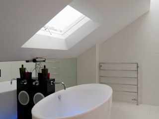 Russell Garden Mews IQ Glass UK Minimalist bathroom White