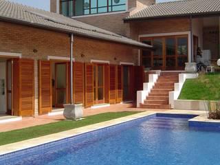 Casa de campo em São Roque Casas rústicas por GATE Arquitetos Associados Rústico