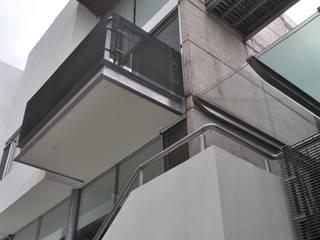 CASA FELIX: Terrazas de estilo  por Vito Ascencio y Arquitectos