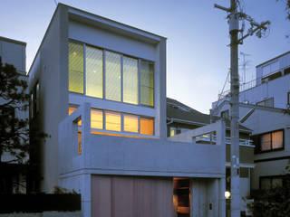 東花池の家: 株式会社 岡﨑建築設計室が手掛けた家です。