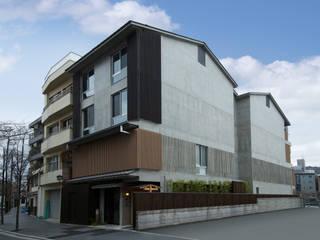 外観側面: 株式会社 岡﨑建築設計室が手掛けた家です。