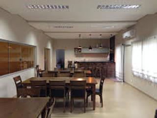projeto Salas de jantar clássicas por Simone Duch Arquitetura Clássico