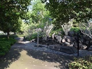 LdelP: Jardines de estilo  por Ambiente Arquitectos Asociados, S.A de C.V.