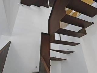 Aprovechar la LUZ NATURAL: Salones de estilo  de Margatomas_estudio de interiorismo