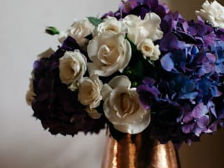 modern  oleh Bunch of Flowers, Modern