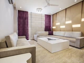 GOMBER RESIDENCE :  Living room by Total Interiors Solutions Pvt. ltd.