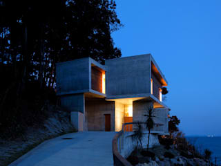 floating: 大井立夫設計工房が手掛けた家です。,モダン