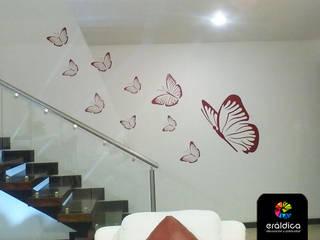 Murs de style  par ERÁLDICA,