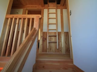 Nanhouse: (有)ガンバ建築設計が手掛けた廊下 & 玄関です。,