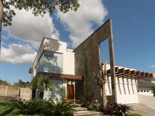CASA CONTEMPORÂNEA Casas minimalistas por ND HAUS Minimalista