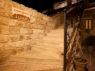 Kayakapi Premium Caves - Cappadocia Rustic style corridor, hallway & stairs