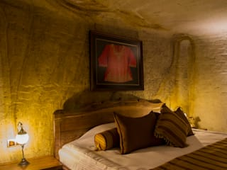 Kayakapi Premium Caves - Cappadocia Rustic style bedroom