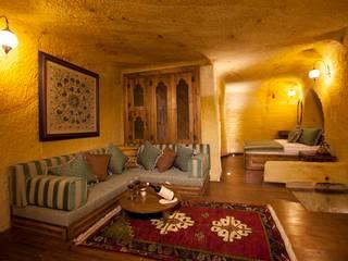 Kayakapi Premium Caves - Cappadocia – Muhittin Toker evi Öncesi ve Sonrası:  tarz Oturma Odası