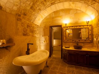 Rustic style bathroom by Kayakapi Premium Caves - Cappadocia Rustic