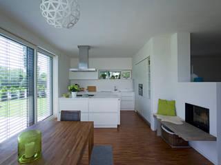 Einfamilienwohnhaus Moderne Küchen von Hofmann Keicher Ring Architekten Modern
