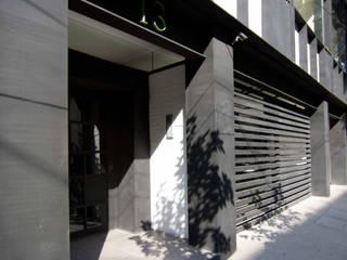 Edificio Yang Tse 13 Casas modernas de Boué Arquitectos Moderno