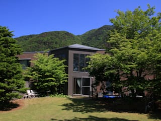 Yo-house モダンな 家 の (有)ガンバ建築設計 モダン