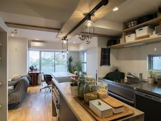 Modern Kitchen by 株式会社エキップ Modern