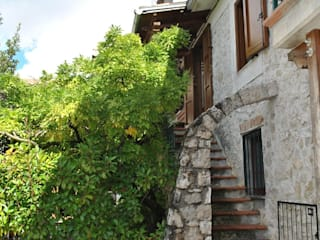immobiliare sublacense Rustic style house Stone