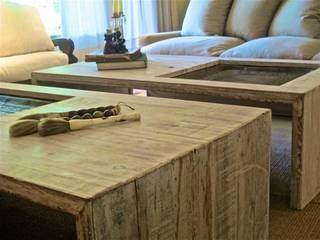Casa en San Isidro: Livings de estilo  por Estudio AJEDREZ