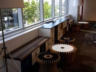 Mobiliario de bajo impacto ambiental - Para Google:  de estilo  por gruba