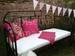 Muebles forjados: Balcones y terrazas de estilo  por DISEÑOS TMA