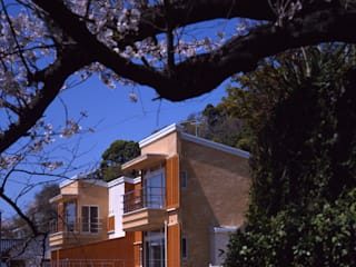 Modern houses by Guen BERTHEAU-SUZUKI Co.,Ltd. Modern
