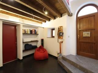 Estudios y despachos de estilo moderno de Giuseppe Rappa & Angelo M. Castiglione Moderno