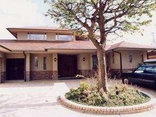 E邸: (有)アマ設計事務所が手掛けた家です。