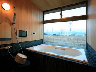 大紅葉の家 モダンスタイルの お風呂 の アーキウェルワークス一級建築士事務所 モダン