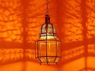 Lampada zwina:  in stile  di L' Argania