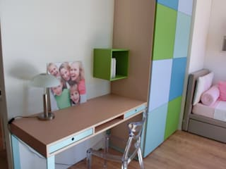Cameretta per due bambini Bricks & Trees: Stanza dei bambini in stile  di Spaziojunior