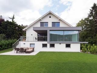 vorher / nachher Haus F:   von Studio Berner.Stolz Architekten ZT-OG