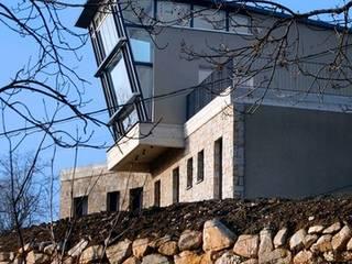 Maison individuelle:  de style  par SARL DIDIER ALLIBERT
